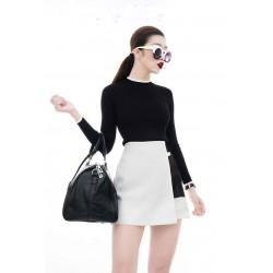 Bộ áo đen tay dài váy trắng