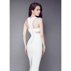 Ngoc Trinh white dress 273