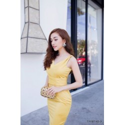 Yellow slinky dress