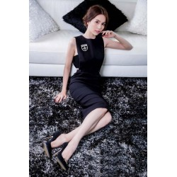 Stylish black dress Ngoc Trinh