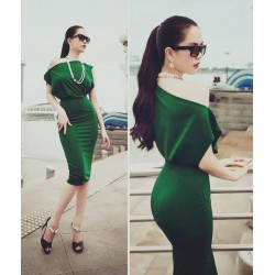 Green chic dress Ngoc Trinh