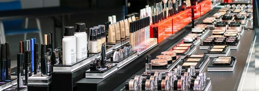 Notre maquillage | Violet Fashion Shop